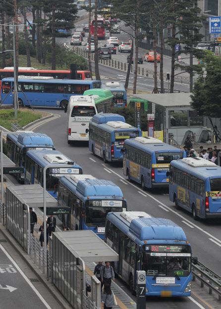 [단독] 서울시, 버스 지하철요금 인상 추진…연내 공청회 개최 | 인스티즈