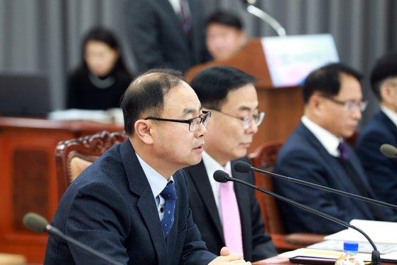 '교복 입은 유권자' 찾아…선관위, 전국 2300개 고교에 간다