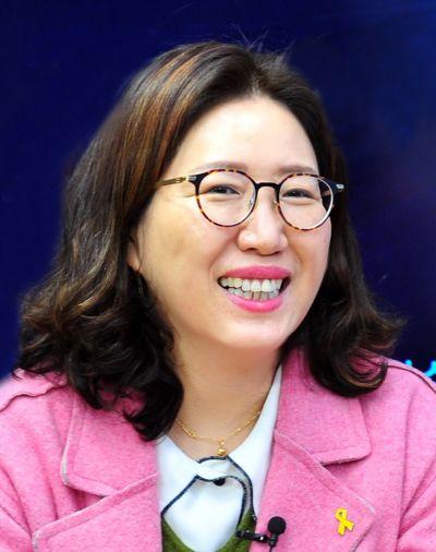 장윤경 호남대 교수 '지역 건강지킴이 활동' 광주시장 표창