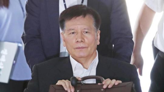 '양대노총 분열 의혹' 이채필 전 장관 영장 기각