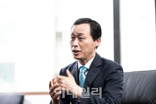 """""""바닷모래 채취·미세 플라스틱 우려..전국민 관심 필요"""""""