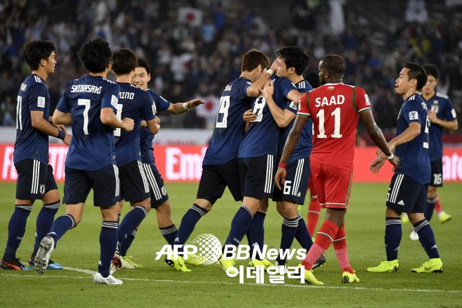 [아시안컵]'희비 엇갈린 PK 판정' 일본, 오만에 1-0 신승