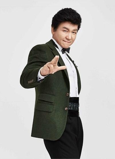 주병진, 건강상의 이유로 뮤지컬 '오!캐롤' 하차 (공식)