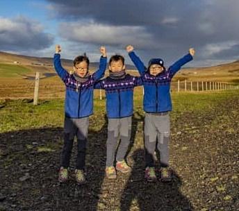"""""""삼둥이 아이슬란드 가다""""…대한·민국·만세, 폭풍성장 근황"""