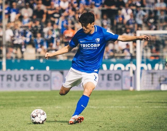 이청용, 독일 데뷔골+39개월 만에 골... 보훔 1-0 승리 만들다