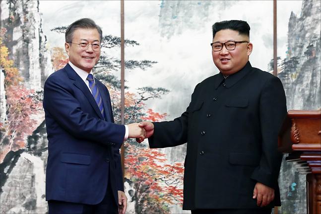 美 전방위 대북제재 속 남북경협 돌입…'연내 성과' 있을까 #공유경제