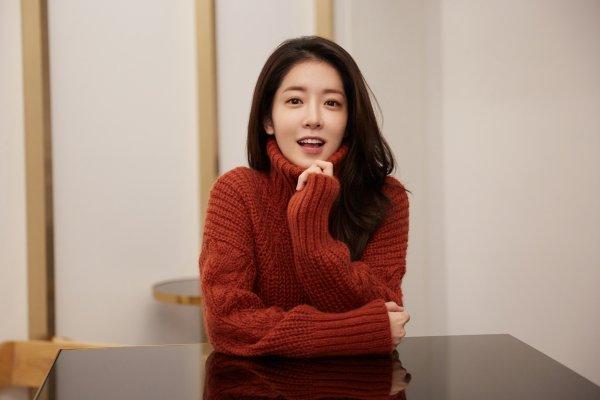 [연예뉴스 HOT5] 정인선, '골목식당' 새 진행자 발탁