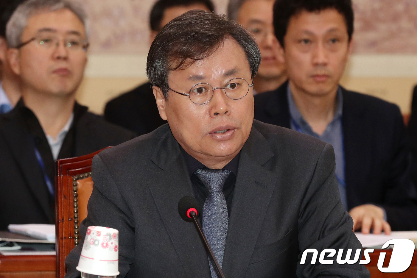"""도종환 """"팀킴 제기 폭언·전횡 의혹, 감사 실시…엄중 처리"""""""