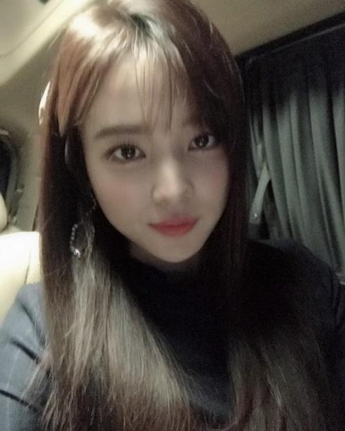 """윤소희, 화려한 스펙의 뇌섹녀…러블리한 일상샷 보니? """"너무 예뻐"""""""