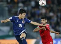 [아시안컵]일본, 오만에 PK 결승골로 1-0 승리… 북한, 카타르에 0-6 참패