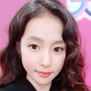 """홍자, 실검 1위 소감…""""노래로 보답할 기회 오길"""""""