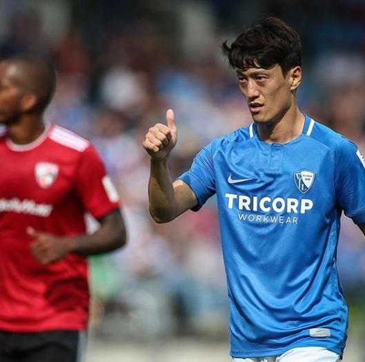 이청용, 독일 진출 후 첫 골…보훔 1-0 승리 이끈 결승골 작렬