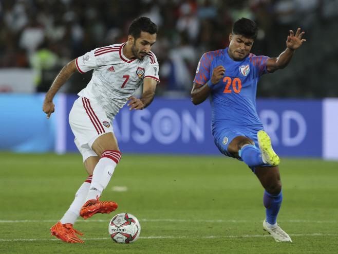 UAE, 아시안컵 조별리그 첫승…인도에 2-0 승리