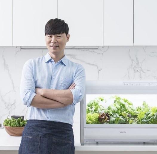 [#별별샷]'수미네 반찬' 최현석 셰프, 특유의 '멋짐 폭발'하는 사진공개