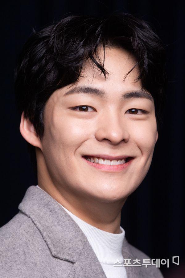 """'SKY 캐슬' 송건희 """"혜나 죽은 이유? 가족한테도 비밀"""" [인터뷰 비하인드]"""