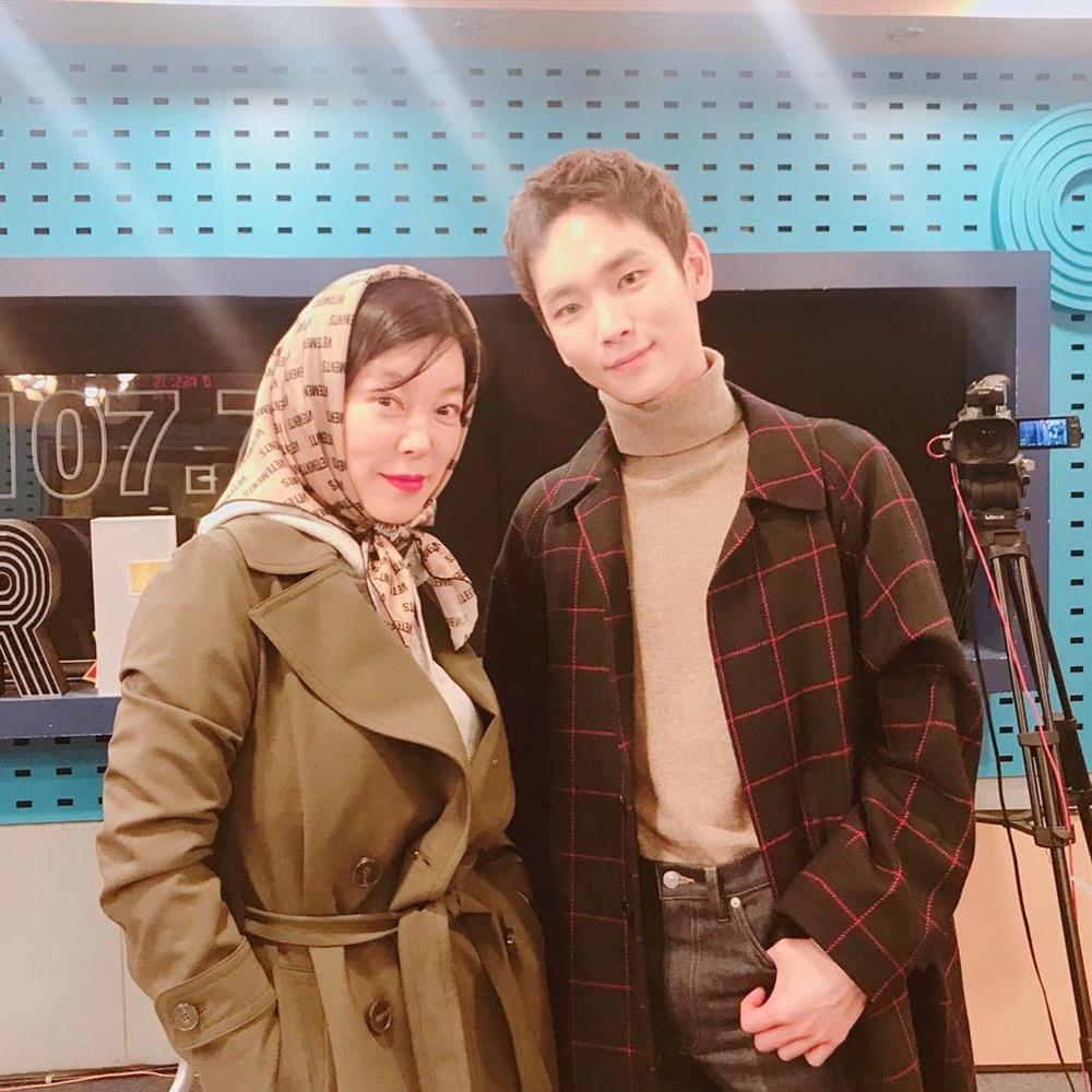 최화정, 샤이니 키와 다정한 투샷…'나이차 무색하게 만드는 동안 비주얼'