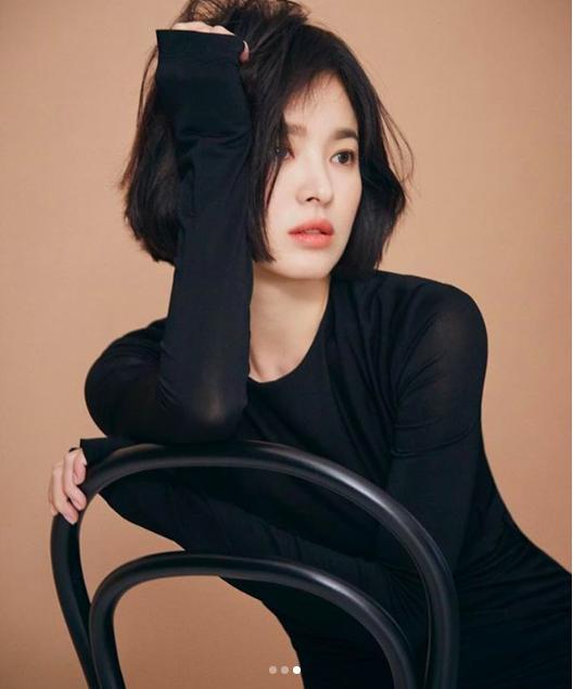 '남자친구' 송혜교 근황 공개, 아름다운 미모 과시…매혹적인 미모 '심쿵'