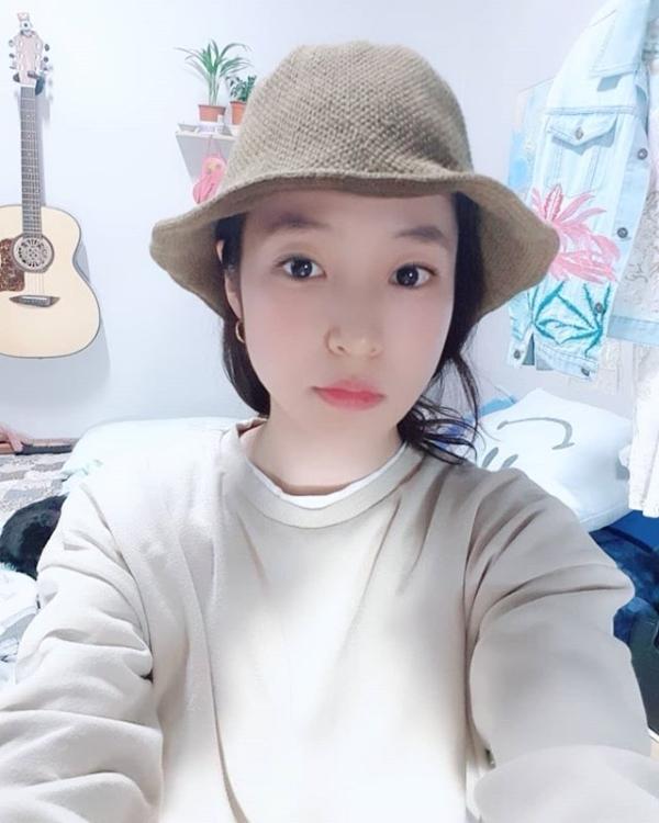 """'실검 1위' 트로트 가수 홍자 """"관심 감사… 노래로 보답할 기회 자주 오길"""""""