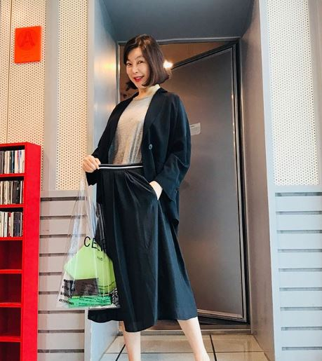 최화정, 빨간 수영복 입고 '이쑤시개' 몸매 공개