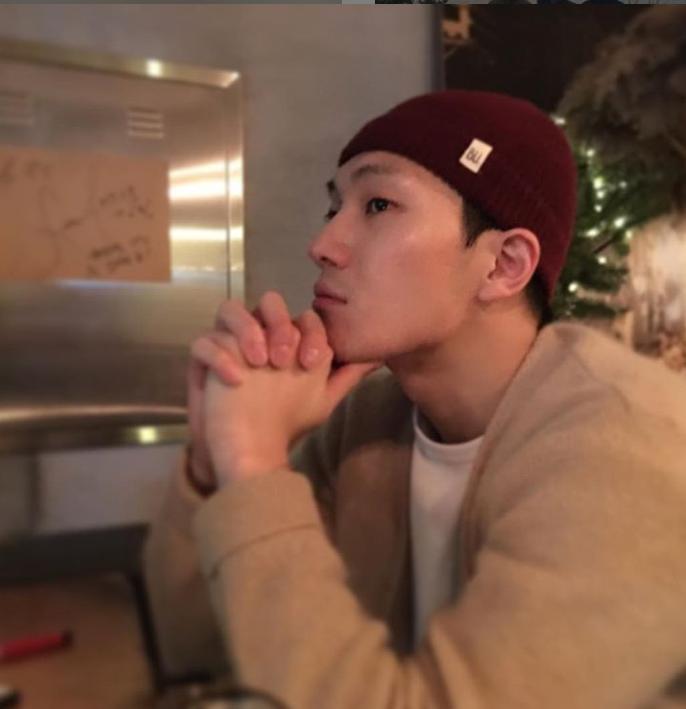 """김필-임헌일 나이는? 동갑? 빨랫판 복근+동안 외모에 """"주사 많이 맞았다"""""""