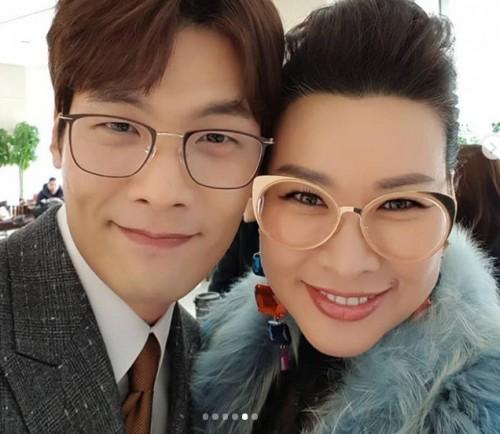 정영주, 최다니엘과 다정샷…'무슨 사이?'