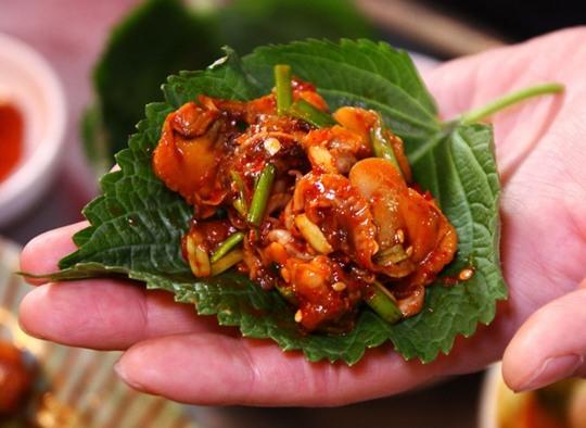 꼬육포차, 연안식당…트렌드 이끈 꼬막비빔밥 대표 프랜차이즈