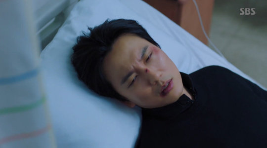'열혈사제' 김남길X김성균, 고준 별장에 잠입했다 이하늬에 들통(종합)