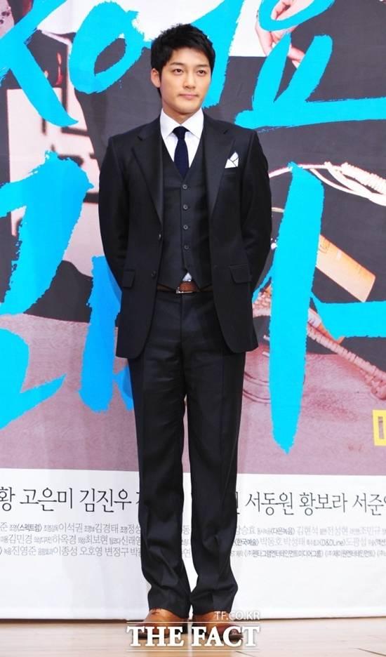 """김진우, 결혼 1년 만에 아빠 됐다…""""산모·아이 건강"""""""