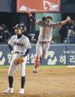 한국시리즈 MVP 한동민, 연봉 3억3천만원에 '도장'