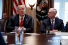 """트럼프, 군 수뇌부 인사 단행 예정…WSJ """"미군 리더십 큰 변화"""""""
