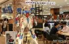 건담&피규어 테마카페 '하비 플레이스 토비즈(TOBBYS)' 오픈