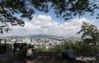 구름 낀 하늘에 제주·남해안 빗방울…서울 아침 2도·낮 11도