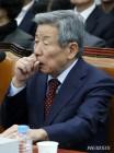 """유인태 """"지역구 의석 53석 줄이는 민주당 안은 불가능"""""""