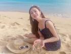해변의 제시카, 도트 수영복과 깔맞춤한 패션 아이템은?