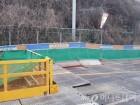 부산 지하철 공사장 산비탈 붕괴… 도로 밀림·균열