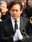"""안화영 별세, 안성기 부친상...누리꾼 추모 물결 """"영화계 큰 별이 졌다"""""""