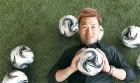 골키퍼로 한 세대를 풍미한 `영원한 꽁지머리` 김병지…유튜버로 인생 후반전 시작