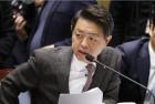 """김영호, 교황만나 """"한반도 평화염원과 지난 한국 방문의 감사"""" 전해"""