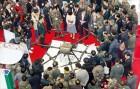 아시아 최대 '드론쇼' 막 올랐다…자율·군집비행 등 新기술 '눈길'