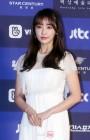 정유미, '프리스트' 여주 발탁…'검법' 이어 흥행퀸되나