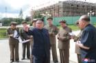 김정은, 40일만에 삼지연군 건설현장 시찰