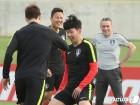 """'조별예선 전승' 조1위 기세오른 벤투호, """"중동의 모래바람 잠재워라"""""""