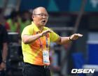 박항서의 베트남, 말레이시아 원정 2-2 무승부