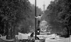 20대 여성이 남성 총리의 뺨을? '1968년 정신'의 실재