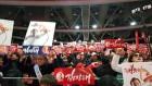 태극기 부대가 휩쓴 한국당 연설회