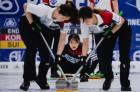 한국 여자컬링 '리틀 팀킴' 독일 꺾고 공동 2위