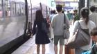 한가위 연휴 첫날 서울역 '북적'...하행선 대부분 매진