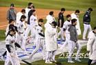 압도적 1위팀 두산, 왜 한국시리즈에서 무너졌나