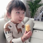 안현수 딸 제인, 야무진 고구마 먹방...큐티뽀짝 귀요미