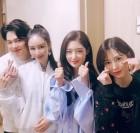 """'안녕하세요' 이사강♥론 부부 """"11살 연상연하 부부 고민은 군입대"""""""